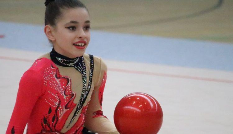 Илина и Ева Соколовски со злато ја завршија сезоната и доаѓаат на одмор во Скопје