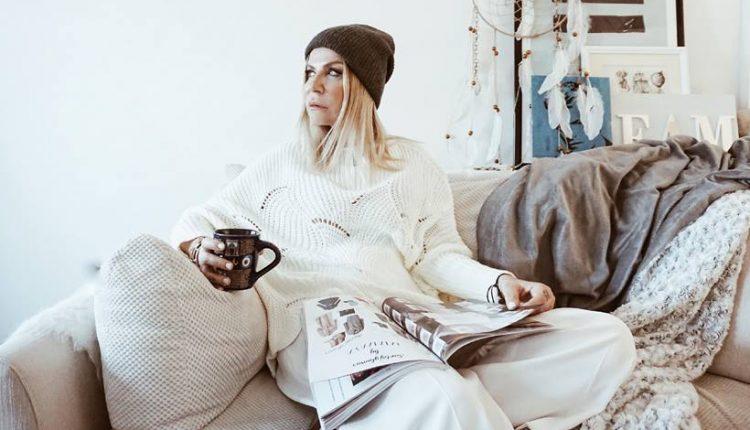 Жана Пантелиќ, најпознатата јутјуберка од соседството : Уривање на табуа наметнати од општеството