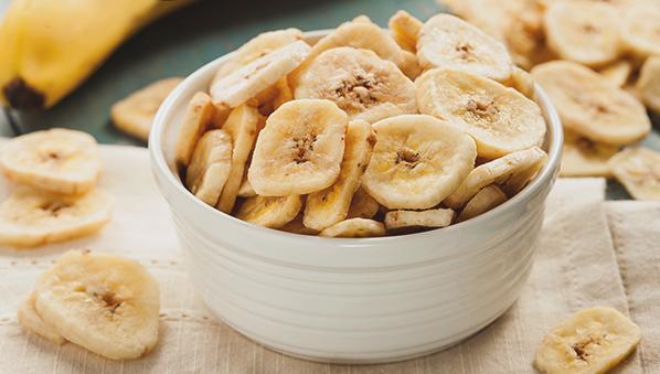 Пржени банани со мед и цимет