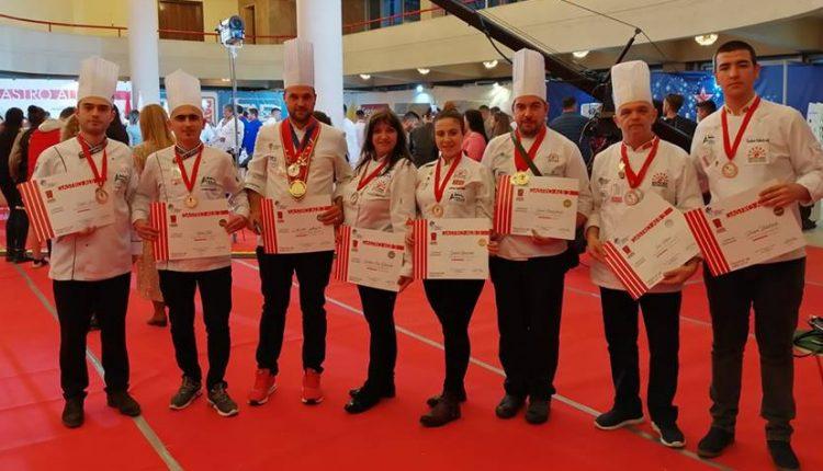Гран- при за Давид Санџакоски и пехар за тимско готвење на Гастромак во Албанија