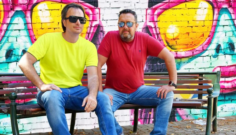 Интервју. Драган Спасов- Дац и Александар Митевски:Тука сме да им ги стоплиме срцата на луѓето