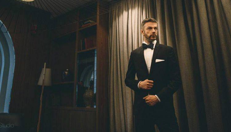 """Мојот стил. Алек Наумовски: Сакам костуми и """"лептир-машни"""" ама и спортско лежерна облека"""