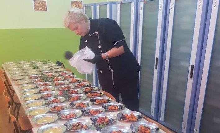 Chef Маре Јаневска: Празнично мени со костени
